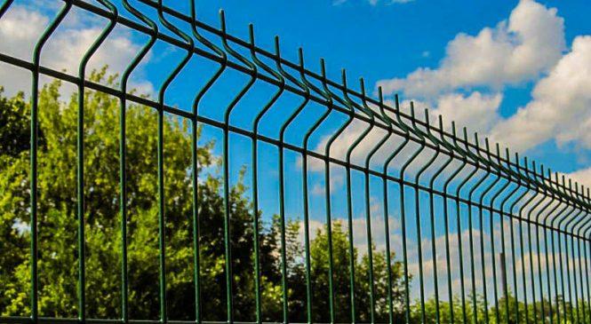 Какой лучше купить забор металлический секционный?
