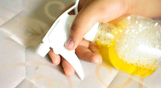 Как почистить матрас от пятен